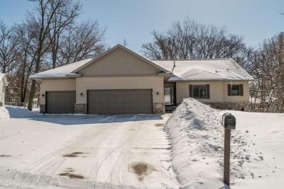 Photo of 2306 E Hoyt Avenue, Maplewood, MN 55119