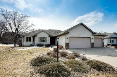 Photo of 2520 Hackberry Drive, Hastings, MN 55033