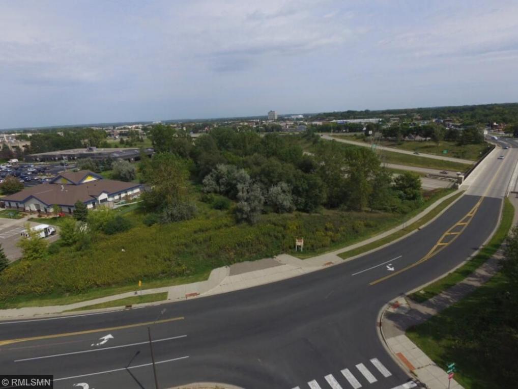 xxx Duckwood Drive, Eagan, MN 55122