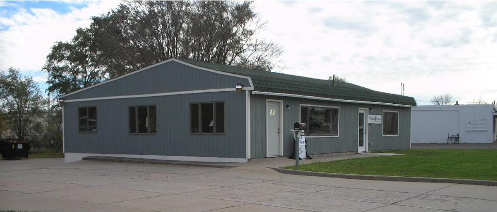 581 NW Old Highway 8, New Brighton, MN 55112
