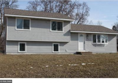 Photo of 483 NE 83rd Avenue, Spring Lake Park, MN 55432