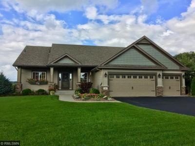 Photo of 948 Plateau Lane, Belle Plaine, MN 56011