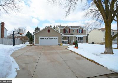 Photo of 431 S High Point Curve, Maplewood, MN 55119