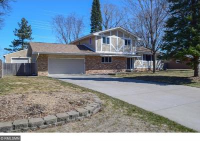 Photo of 15610 N 9th Avenue, Plymouth, MN 55447