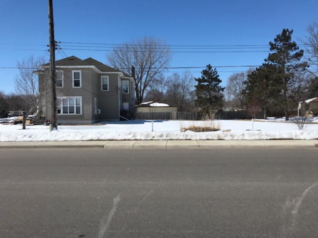 719 4th Street, Monticello, MN 55362