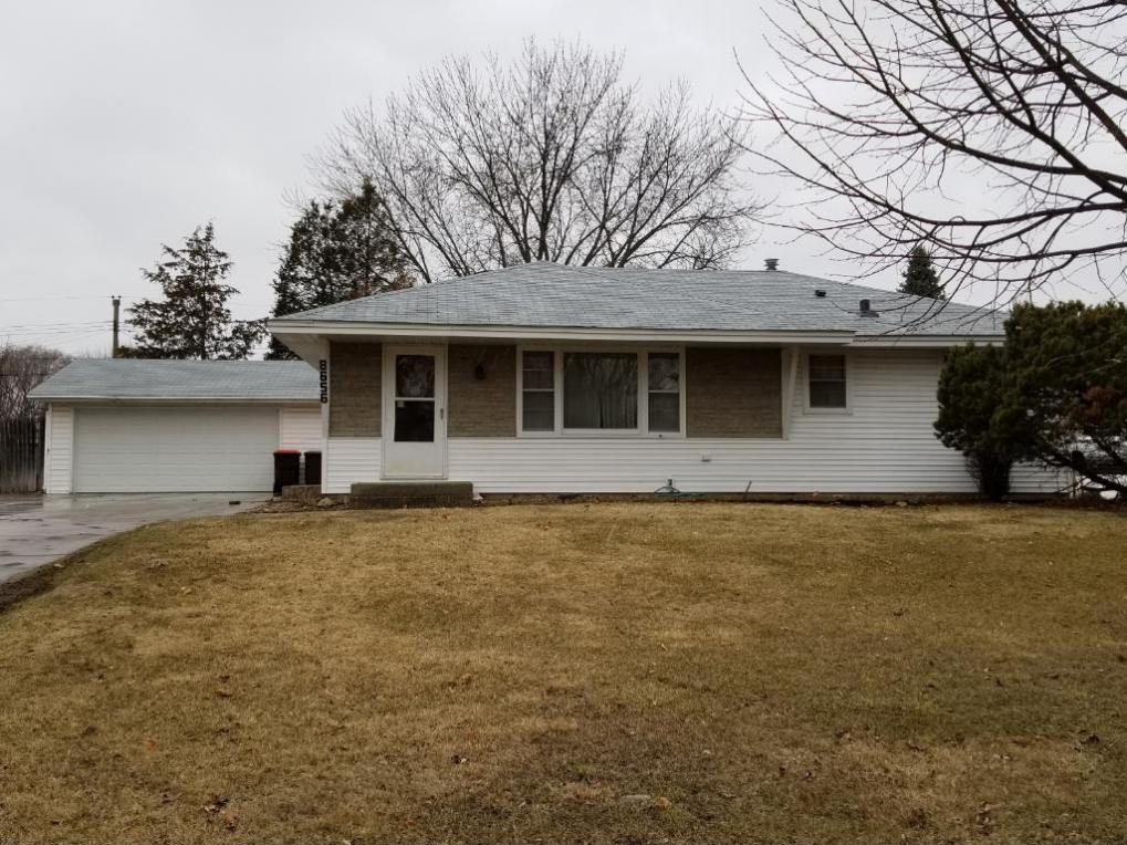 8656 Greystone Avenue, Cottage Grove, MN 55016