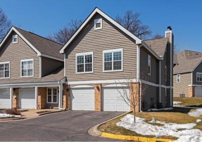 Photo of 6167 Chasewood Parkway #204, Minnetonka, MN 55343