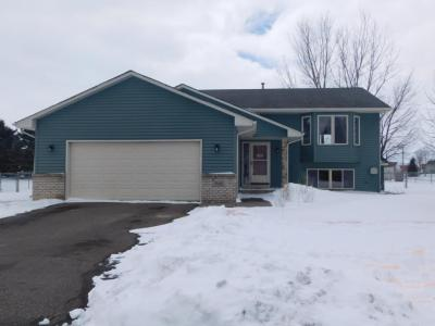 Photo of 3840 Shannon Dr, Hastings, MN 55033