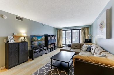 48 Groveland Terrace #B111, Minneapolis, MN 55403