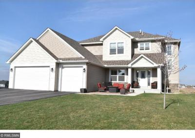 Photo of 19297 Hilldale Avenue, Lakeville, MN 55044
