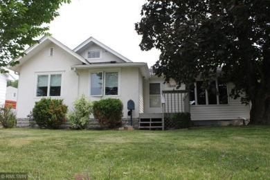 3105 NE Silver Lake Road, Saint Anthony, MN 55418