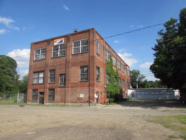 16 Scott Street, Jamestown, NY 14701