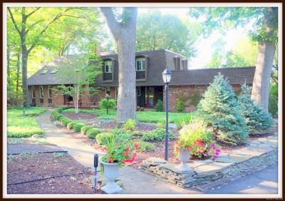 Photo of 3 Brompton Woods, Amherst, NY 14221