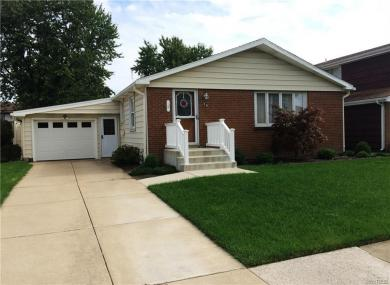 74 Betty Lou Lane, Cheektowaga, NY 14225