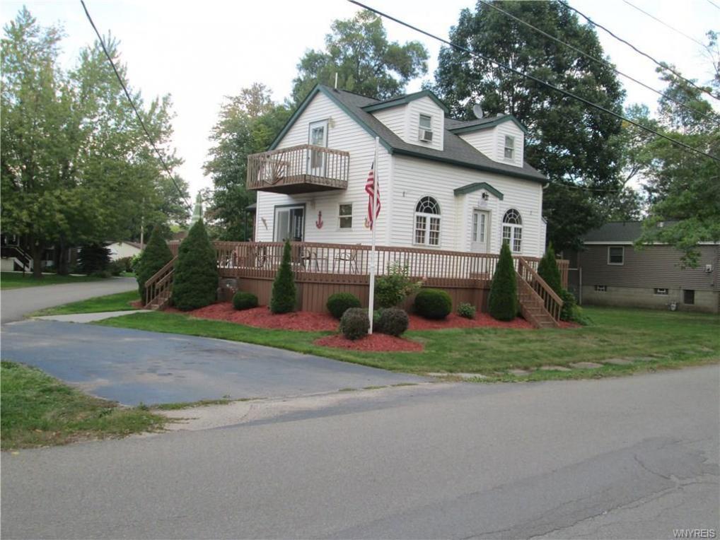 12836 Iola Drive, Hanover, NY 14081
