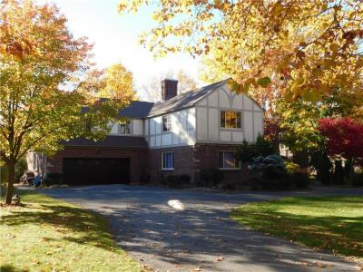 Photo of 5082 Woodland Drive, Lewiston, NY 14092