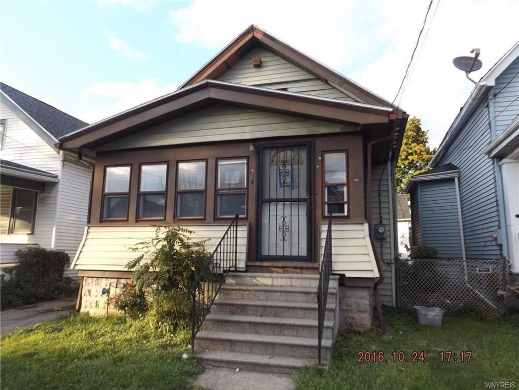 34 Lang Avenue, Buffalo, NY 14215