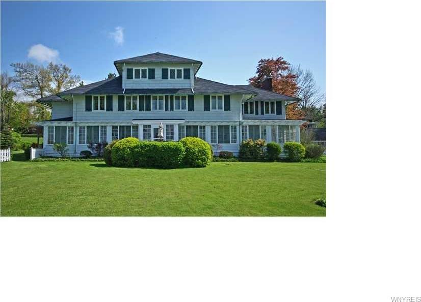 6768 Lake Shore Road, Evans, NY 14047