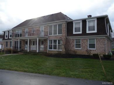 95 Carriage Drive #8, Orchard Park, NY 14127