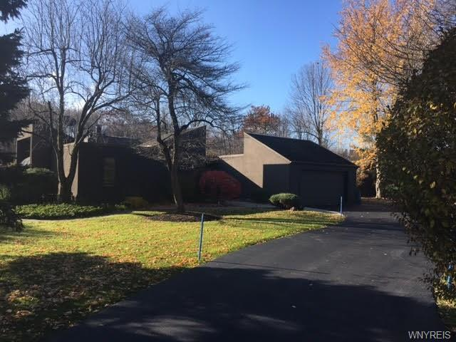 4880 Cliffside Drive West, Clarence, NY 14031