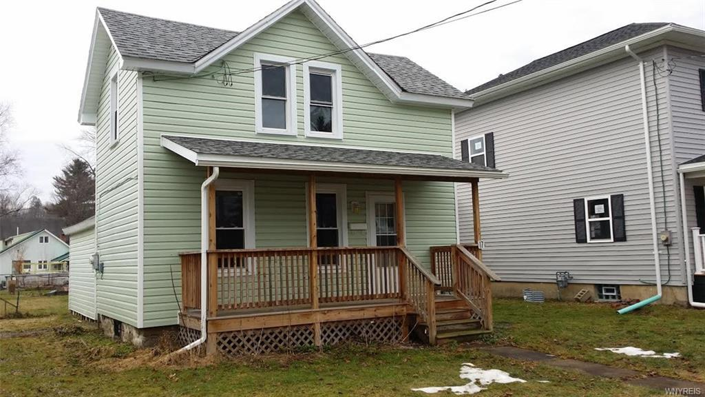 17 1st Avenue, Franklinville, NY 14737