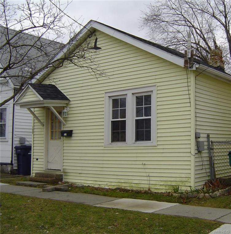 137 Farmer Street, Buffalo, NY 14207