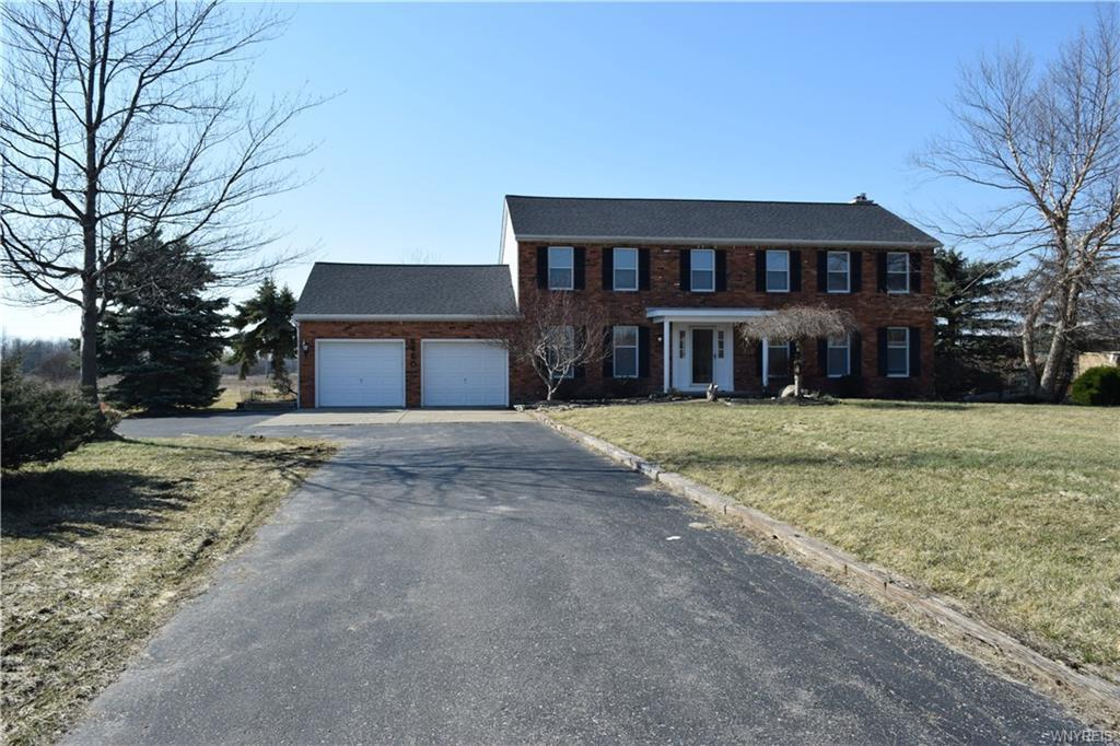 5460 Old Goodrich Road, Clarence, NY 14031