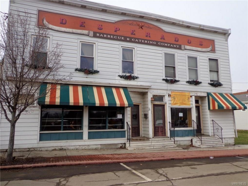 29 Commercial Street, Evans, NY 14006