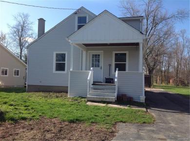 2456 Cayuga Street, Wheatfield, NY 14304