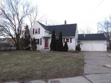 1047 Military Road North, Niagara Falls, NY 14304