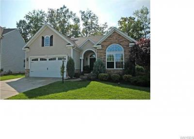 Photo of 6135 Woodford Drive, Hamburg, NY 14085