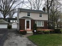 715 Woodland Pl, Niagara Falls, NY 14305