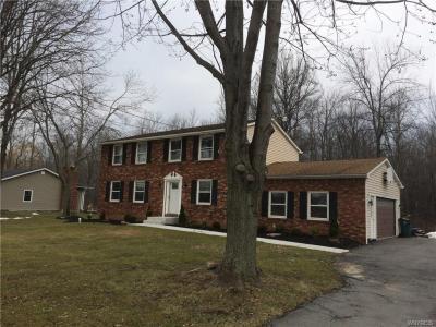 Photo of 7087 Shawnee Road, Wheatfield, NY 14120