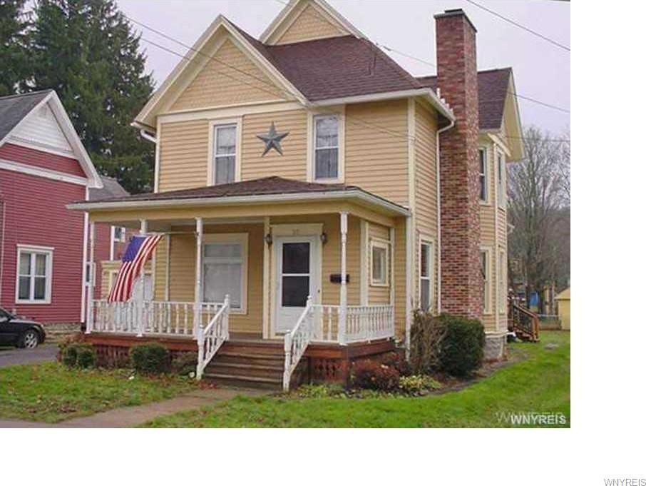 29 1st Avenue, Franklinville, NY 14737