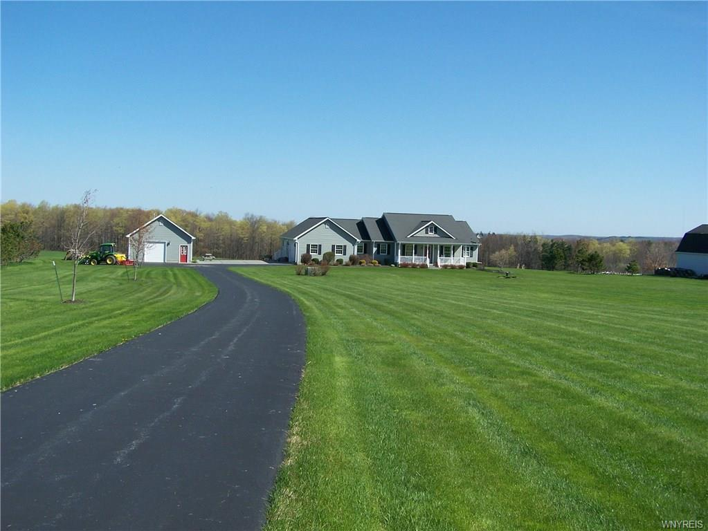 10 acres with Spectacular Ranch in South Wales, New York
