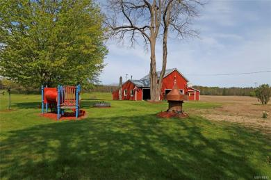 11297 West River Road, Hume, NY 14735