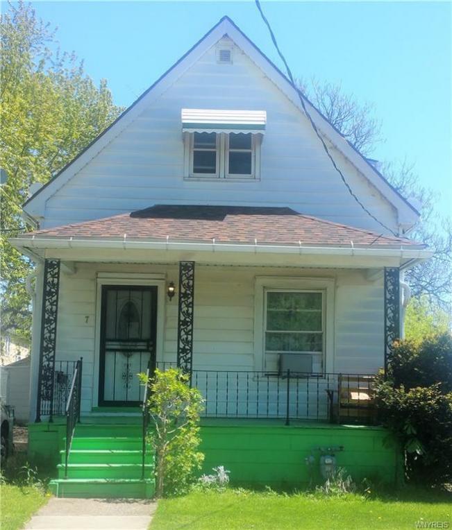 7 Keystone Street, Buffalo, NY 14211