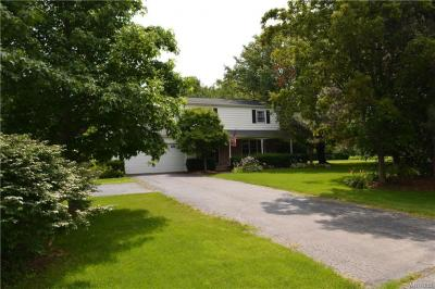 Photo of 70 East Galewood Drive, Wilson, NY 14172