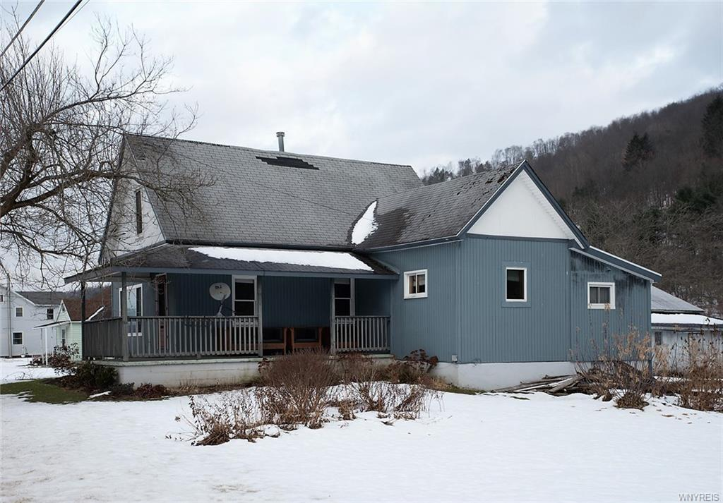 5879 Nys Route 98, Great Valley, NY 14741