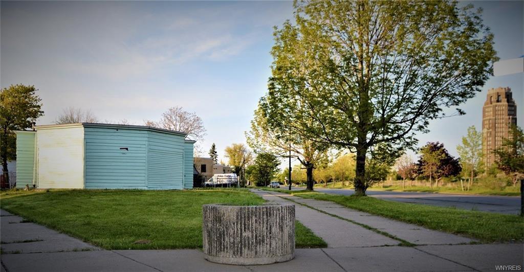 160 Memorial Drive, Buffalo, NY 14206