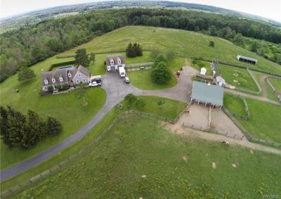 Photo of 12560 Kern Road, Concord, NY 14141