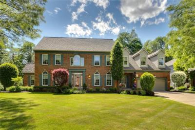 Photo of 6346 Everwood Court North, Clarence, NY 14051