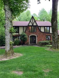 8231 Old Post Road East, Amherst, NY 14051