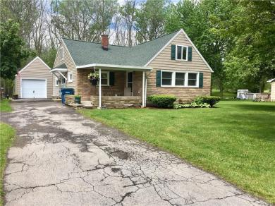 2226 Stony Point Road, Grand Island, NY 14072