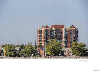 1102 Admirals Walk Circle, Buffalo, NY 14202