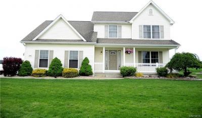 Photo of 3304 Colleen Terrace, Wheatfield, NY 14132