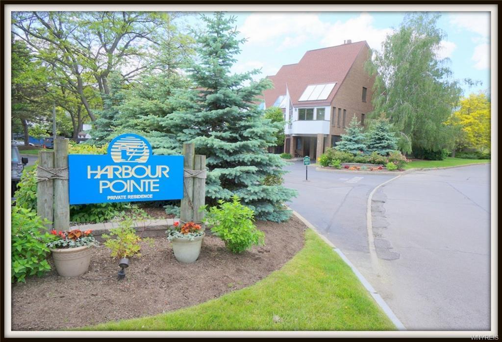 7 Harbour Pointe Common, Buffalo, NY 14202