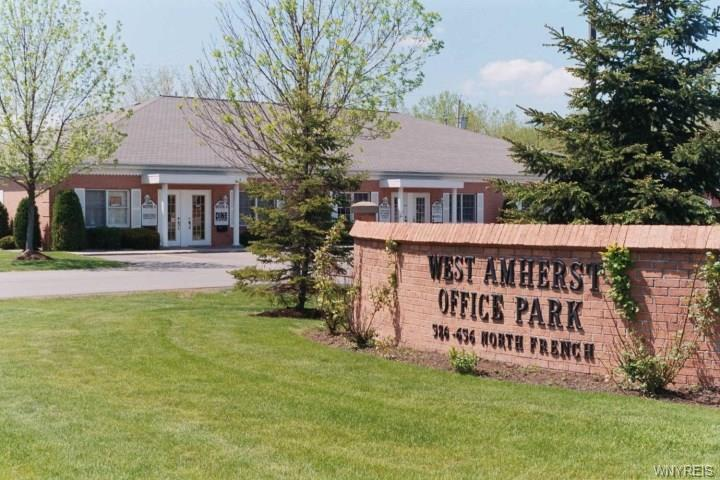 656 N French Road, Amherst, NY 14228
