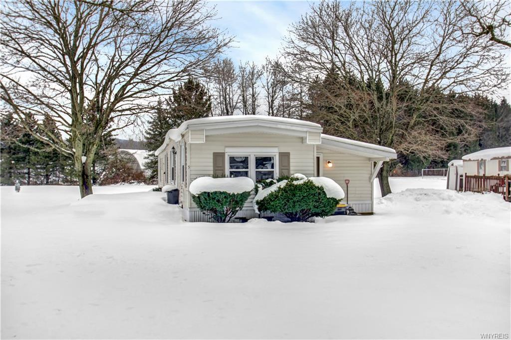 5 Green Valley, Great Valley, NY 14741