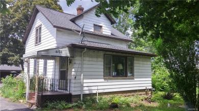 6136 Shawnee Road, Wheatfield, NY 14132